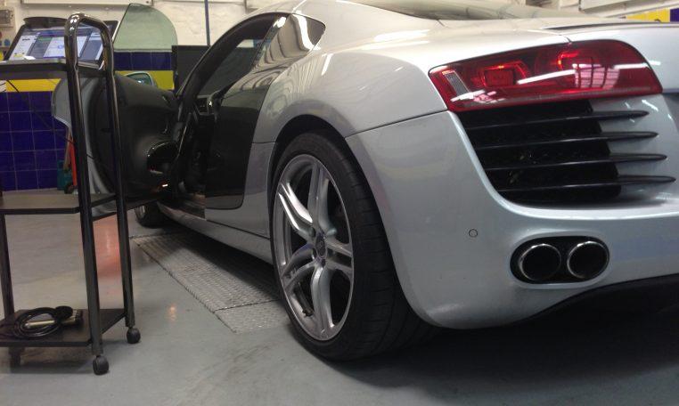 Audi_R8_4.2_v8_fsi_centralita_reprogramacion_420cv